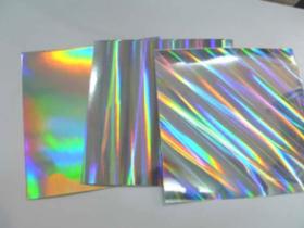 镭射卡纸的包装